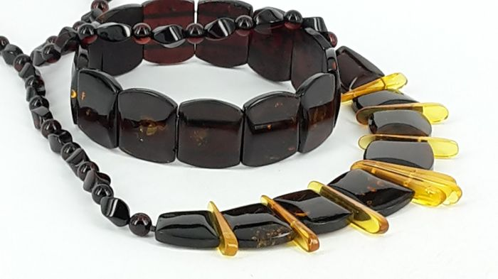 Elegant set of natural Baltic amber bracelet & necklace - Cleopatra style - not pressed - UV test