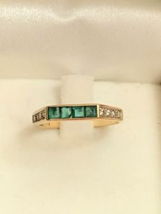 Antique 14 kt gold ring with 0.40 carat Emerald & 0.08 brilliant cut diamond - No Reserve!
