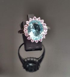 Antique aquamarine entourage ring
