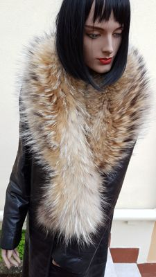 Extra-large stole/scarf/collar, raccoon dog/fox fur - MADE IN ITALY