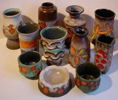 Lot with eleven ceramic fat lava objects by Strehla