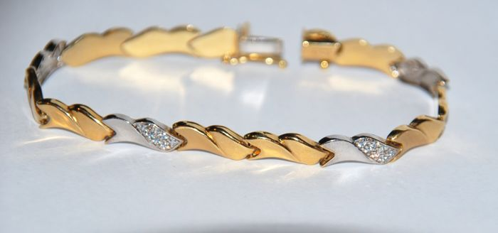 18 kt gold Bracelet with brilliant cut diamonds H/VS total 1.08 ct  Length: 19.50 cm