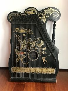 Antique and charming Concert Mandoliner- Zither Victoria- Germany- 1800's
