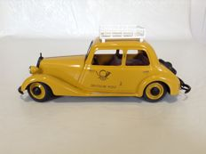 Schuco, Germany - L. 25 cm - Mercedes Benz - limousine - Deutsche Post, 20th century