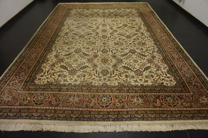 Nain 290X410cm Made in India