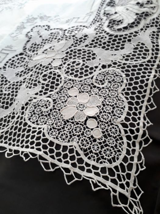 1960, embroidered tablecloth with Macrame bobbin work. 100% superfine woven linen