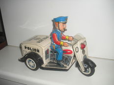 Nomura, Japan - length 25 cm - police patrol motorcycle and battery tricycle 1950s