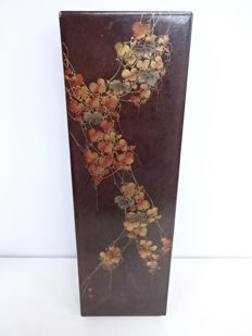 Large lacquerware calligraphy box with maki-e paulownia leaves - Japan - Mid 20th century