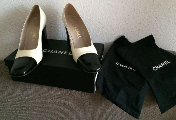 a359ed46f28 Chanel - Shoes - Catawiki