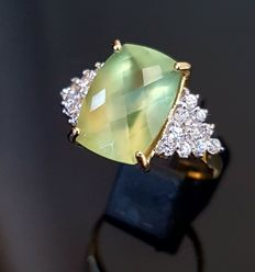 Antique high-quality prehnite ring in chequerboard cut
