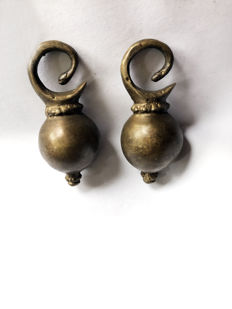 set of two bronze EAR DECORATIONS - DAYAK-BORNEO - Indonesia