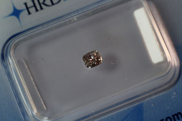 0.18 ct Fancy Pinkish Brown Cushion cut