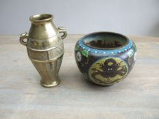Beautiful cloisonné vase and a yellow cast brass vase - Japan - first half 20th century