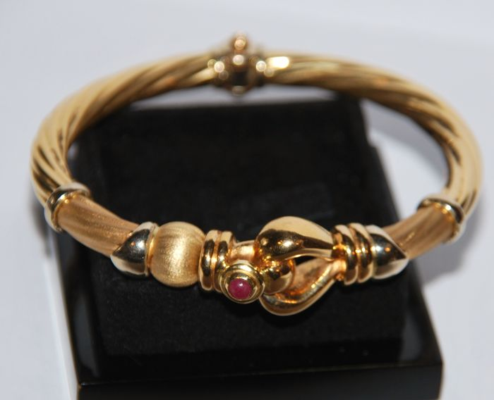 18 kt Gold - Bracelet 1 Ruby 0.25 ct