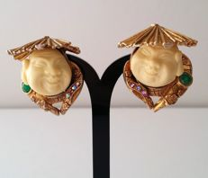 Signed HAR Gold Tone Smilling China Man Collection Clip Earrings