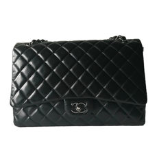 Chanel - Timeless Maxi Schoudertas