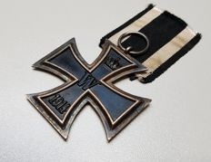 German Iron Cross of the second class with original ribbon maker Wagner & Söhne !