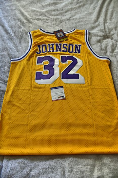 c9bc57659a4 Spectacular framed Lakers jersey