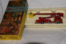 Corgi Toys - Scale 1/43 - Simon Snorkel Fire Engine no. 1127