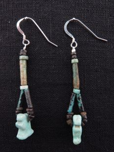 Set of Egyptian earrings with Wenet and Bastet amulets - 2 x 65 mm