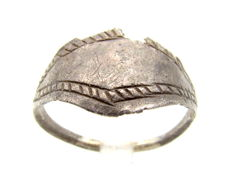 Medieval Viking Silver Seal Ring with Stylized Snake Eye - Wearable - 19mm