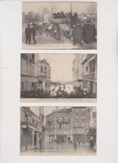 Very good lot of 45 old postcards of the Paris floods