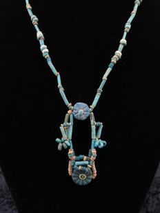 Egyptian necklace of faience beads and two flower amulets - 47 cm