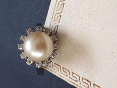 Art Deco 18K white gold pearl and diamond ring