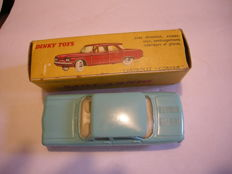 Dinky Toys - Scale 1/43 - Chevrolet Corvair ref:552