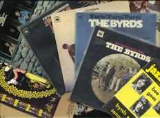 "Byrds nine (9) album & magazine - Includes ""Mr. Tambourine man"", ""Turn, turn, turn"", ""Younger than yesterday"", 'Fifth dimension"", ""The notorious Byrd brothers"", ""Sweetheart of the Rodeo"", ""Easy rider"", ""Dr. Byrds and Mr. Hyde"" and ""Untitled"" (2LP)"