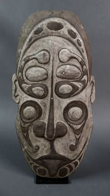 Great Ancestor wall mask - SEPIK RIVER - Papua New Guinea