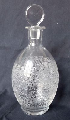 Baccarat - Crystal cut wine decanter, Rohan Gouvieux  model, France, prior to 1936