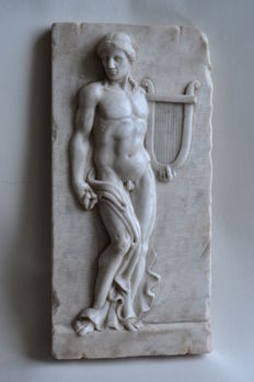 Neoclassical sculpture - Carrara marble high-relief depicting an Apollo Citharoedus - early 20th century