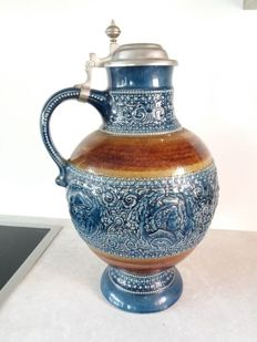 Very large ceramic beer mug with tin lid - Marzi & Remy