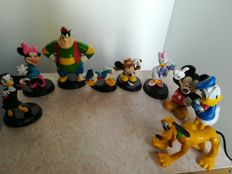 Disney, Walt - assorted statuettes (1998)