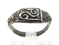 Early Medieval Silver Viking ring with Runic Script on bezel - 14 mm