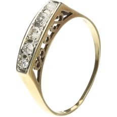 14 kt yellow gold ring set with brilliant cut diamonds of approx. 0.18 ct in total - ring size: 18.75 mm