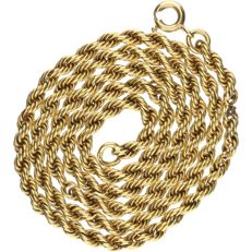 18 kt Yellow gold twisted link necklace. - length x width: 45 x 0.3 cm