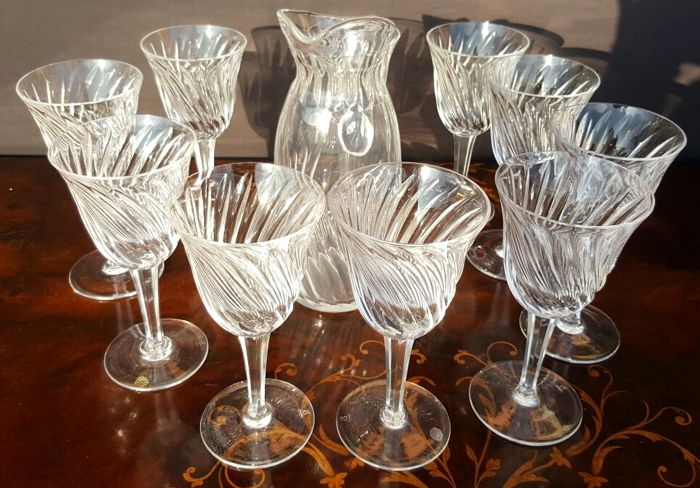 Richard Ginori - Set of 11 pieces comprising carafe and glasses in splendid carved crystal, signed