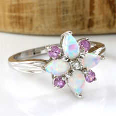 14 kt White Gold 1.00 ct Fire Opal, 0.20 ct Pink Topaz, 0.01 ct Diamond Ring, Size: 7 - *no reserve*