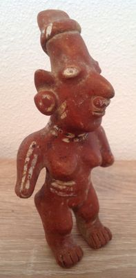 Pre-Columbian Jalisco standing female figure - Mexico - 16 cm