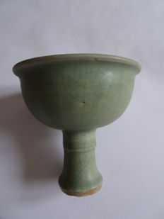 A  green celadon Chalice with flower decoration inside - 125 X 123