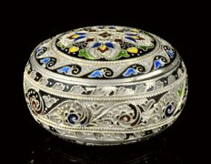Silver box with cloisonné enamel decoration, Georg Adam Scheid, Austria, Vienna, ca. 1900
