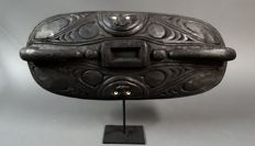 Ceremonial Incised feast Bowl - SEPIK - Papua New Guinea