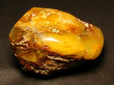 Superb rare, large natural baltic amber - 120 x 90 x 70 mm - 433 g