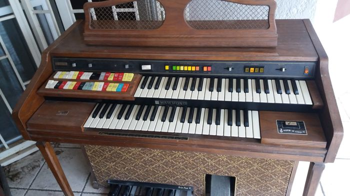 Hammond 125 xl organ