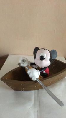 Disney - Heissner Statuete - Mickey in his boat