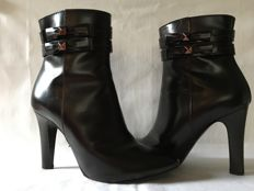 Marc Jacobs - High heel Ankle Boots