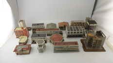 BuschFaller/Kibri/Pola/Vollmer Scenery H0 - 17 buildings in modern city. including Smart tower, goods shed, supermarket Edeka and Burger King partly with lighting