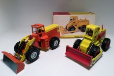 Dinky Toys - Scale 1/43 - Michigan 180 Tractor Dozer No. 976. + Road Grader Yale 6000